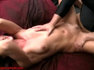 Screaming Squirting Orgasms Till She Begs