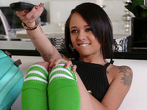 Holly Hendrix Puts Toys In Her Ass Before It Has It Dicked Deep