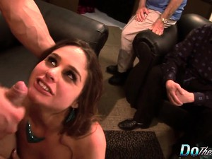 Sexy And Horny Milf Gives A Wonderful Blowjob And Fucks A