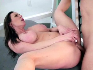 Very Sexy Kendra Gets Babged In The Gym