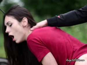 Teen Arwen Gold Loves Blowjob And Doggystyle Outdoors