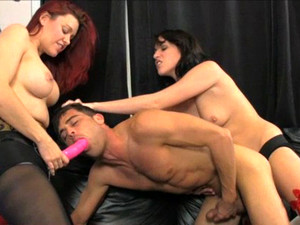Amiee Cambridge & Catherine Foxx Double Team Lance Hart With Strapons