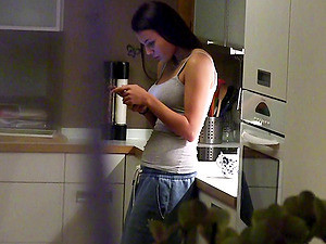 Home Video Of An Amateur Couple Getting Their Fuck On