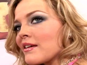Sexy Slut With Huge Ass Rides Erected Dick