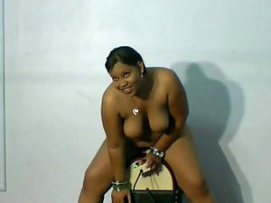 Maya's Sybian Video