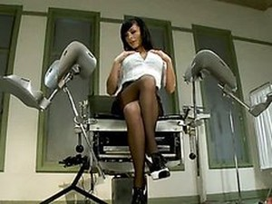 Horny Brunette MILF Loves To Take A Beating From A Fucking Machine