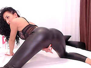 Amazing Round Ass Whore Is Pleasured In A Solo Homemade Act