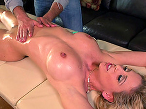 Relaxed And Oiled Up Milf Fucked In A Hot Hardcore Video