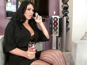 Thick Interracial Lezzies