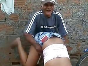 MORENA QUE MATAR O VELHINHO!