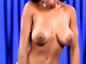 GOLDENEYE - Big Boobs Ebony Babe Strip Dance