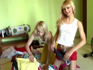 Alice En Loly Lesbische Sex