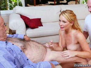 Sexy Teen Gives Blowjob Frannkie And The Gang Tag Team A Door To Door Saleswoman