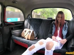 Colegge Teen Paris Fucked In The Taxi