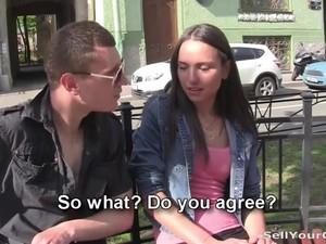 Cashing In On Girlfriend's Cum-gap