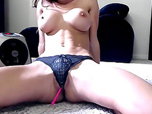 Sexy Fit Camslut Webcam Dildo Show
