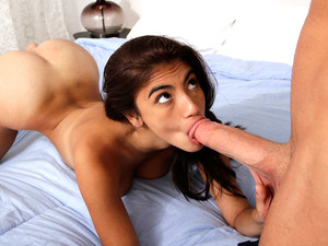 Chad White & Nani In Move It Over - 8thStreetLatinas