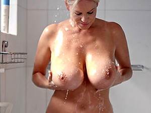 Huge Tits Milf Erotically Worships Dick And Gets Fucked Outdoors