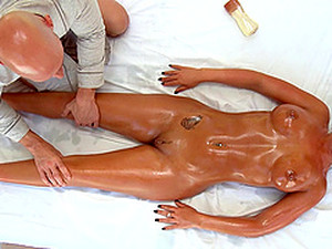 Holly Tyler Gets An Oil Massage Before Being Fucked By Her Masseuse