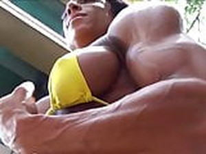 Nice Muscle Woman Flexing