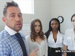 Secretaries Bouncing On CEOs Cock At The Office
