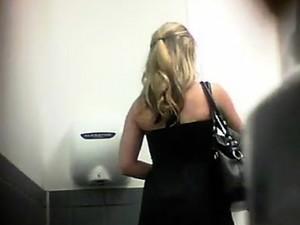 Hidden Toilet Spycam