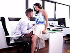 Mexican Hot Bitch Frida Sante Gets Her Muff Rammed In The Office