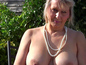 Big Natural British Mature Tits Are Amazing Outdoors