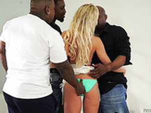 Three Black Dudes Fuck Super Sexy Blond Chick Nadia North