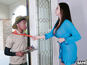 Mind Blowing Milf With Huge Boobs Ariella Ferrera Fucks Young Black Guy