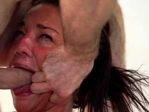 Young Babe Screams With Cock Gagging Her Way To Hard