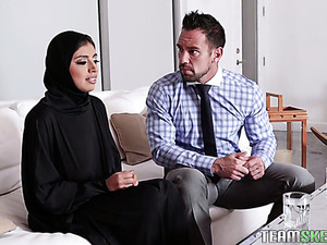Big Breasted Hijab Ella Knox Gets Nailed Missionary Style Hard Enough