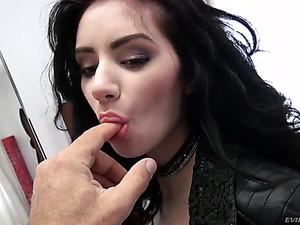 Beautiful Svelte Romanian Hottie Delia Has To Suck Fat Cock Of Rocco
