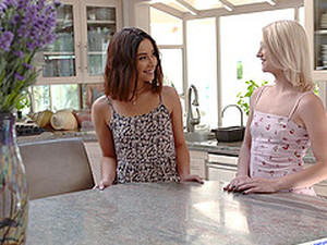 Aria Lee And Another Girl Like To Bang With Two Guys At Once