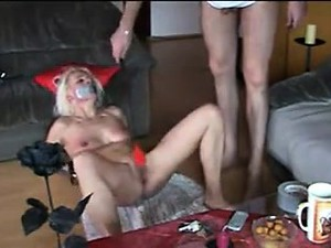 Humiliating Mature German Amateur Slave Heidi