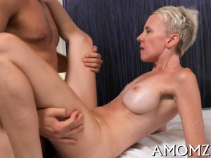 Hot Older Wants To Feel Cock Deep In Her Soaking Pussy