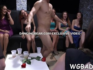 Hot Pole Dancing Amateur