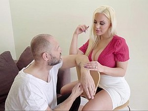 Curvy Blonde Gets Her Ass Licked