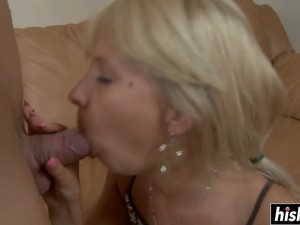 Young Chick Pleases A Monster Dick