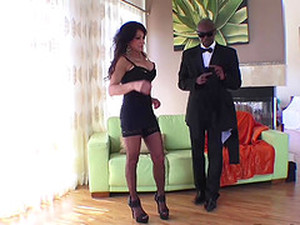 Cheating Business Women Teri Fucked By Strong BBC