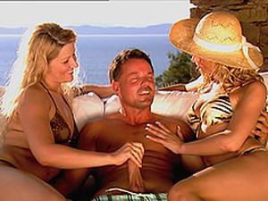 Sandra Del Marco And Kristi Lust Share His Cock By The Seaside