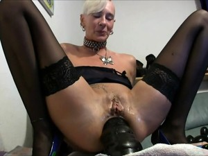 Huge Anal Insertion Granny