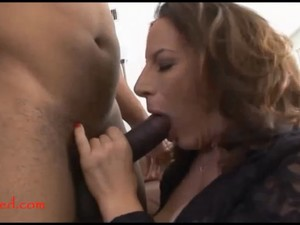 Mature Old Mom With Too Much Makeup Takes Black Negroed Cock In Pussy