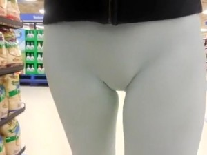 Skintight Spandex Pants On An Amateur Woman