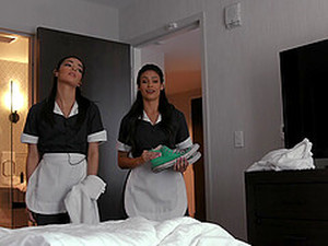 Maids Katana Kombat And Emily Willis Share Their Bosses Hard Cock