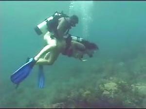 Sexo Bajo Agua
