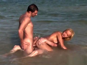 Blonde Hottie Barbie Banks Has A Beach Threesome