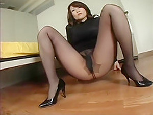 Apanese Av Model Shame Voyeur Hairy Pussy Through Pantyhose
