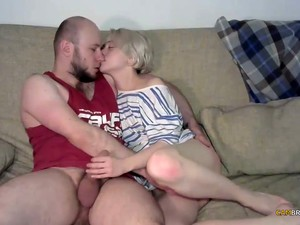 Amateur Russian Couple Webcam Sex