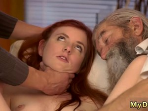 Old Man Fucks Teen Girl Hard And Outdoor Couple Unexpected Experience With An Older